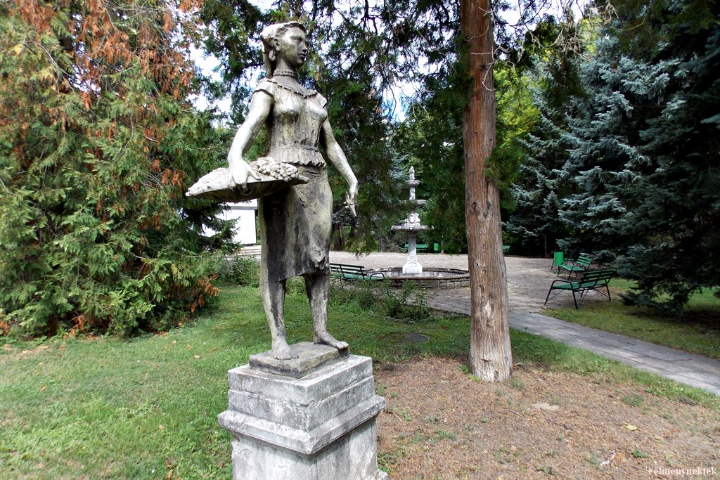 balf-gyogyfurdo-szanatorium-park