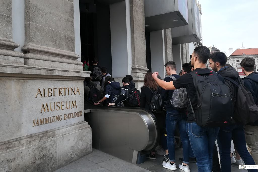 albertina-museum-becs