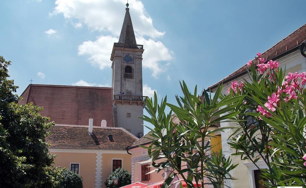 ruszt-katolikus -templom