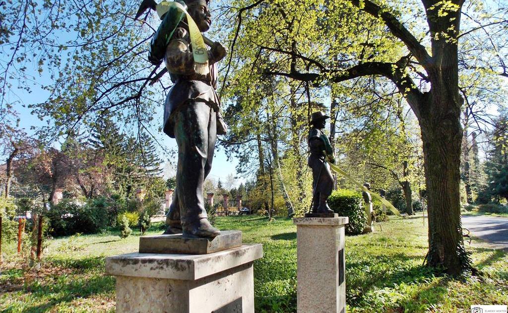 banyasz-szobor-soproni-egyetem