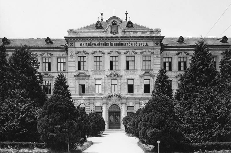 soproni-egyetem-fortepan