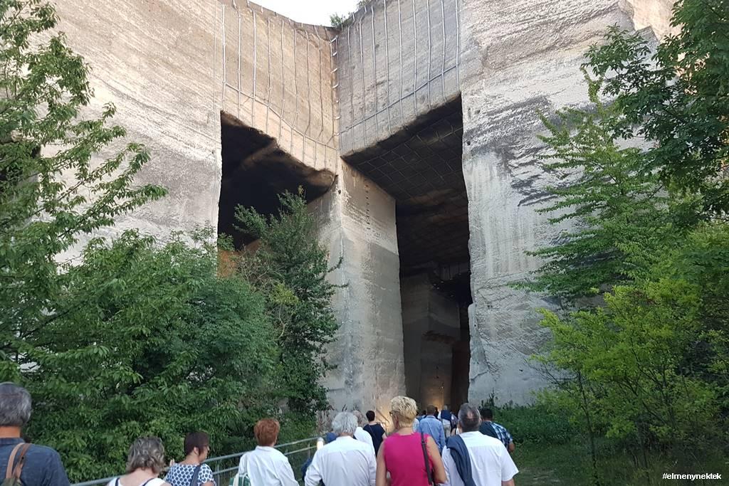 fertorakos-kofejto-barlangszinhaz